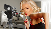 Courtney Stodden -- There IS a Sex Tape ... Gives Herself a Hand (or 2)