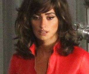 "Penelope Cruz Dons Sexy Leather Ensemble on Set of ""Zoolander 2"""