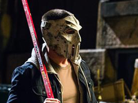 "See First Official Photo of Stephen Amell as Casey Jones In ""TMNT 2,"" Mask and…"