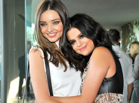 What Feud?! Miranda Kerr and Selena Gomez Hug It Out at Louis Vuitton Event