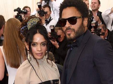 Lenny Kravitz Kisses Ex-Wife Lisa Bonet In Family Photo with Daughter Zoe
