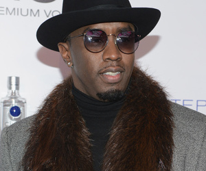 "Diddy Says He Didn't Like Kanye West's Grammys Behavior: ""It's Their Moment!"""