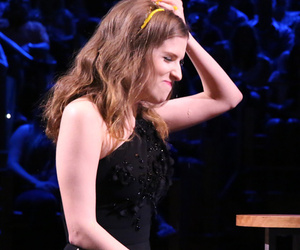 """Anna Kendrick and Jimmy Fallon Play """"Egg Russian Roulette"""" -- And It Gets Messy!"""