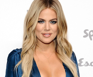 Khloe Kardashian Flaunts Major Skin at Upfronts, Goes Topless In Kylie Jenner…