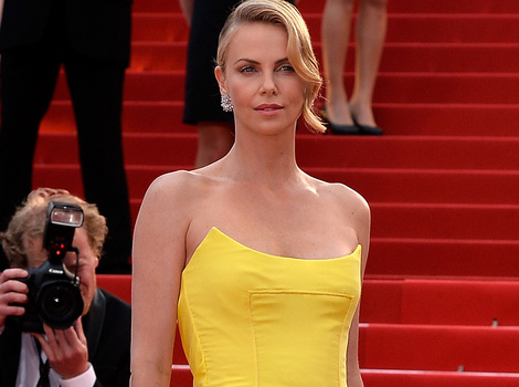 Charlize Theron Debuts Massive Engagement Ring at Cannes -- See the Pics!