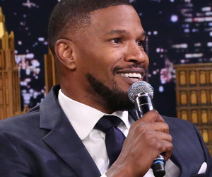 "Jamie Foxx Does Spot On Impersonation Of John Legend on ""The Tonight Show"""