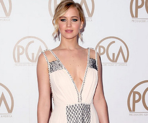 "Jennifer Lawrence Reunites With Ex Nicholas Hoult On The Set Of ""X-Men:…"