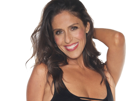 Soleil Moon Frye Drops 40-Pounds -- See Her Hot Swimsuit Bod!