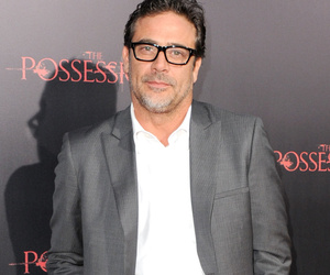 """Jeffrey Dean Morgan Lost 40 Pounds for """"Texas Rising"""" by Eating What?!"""