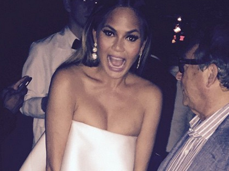 Chrissy Teigen Suffers Wardrobe Malfunction at 2015 CFDA Fashion Awards, Kim Catches Fire!