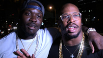 NFL's Von Miller -- Let's Talk Farts and Chicken