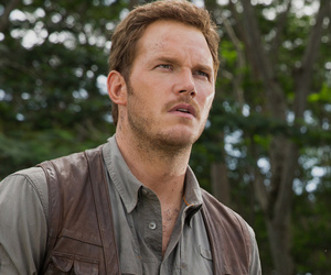 Chris Pratt's 'Jurassic World' Costars: He Liked to Work His 'Funk Pistons' By…