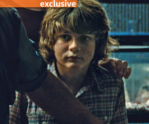 See 'Jurassic World' Star Ty Simpkins Drive Original 'Jurassic Park' Jeep on Set