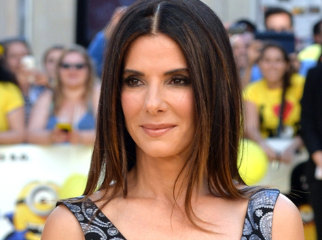 Sandra Bullock Stuns On Her First Red Carpet In Over A Year