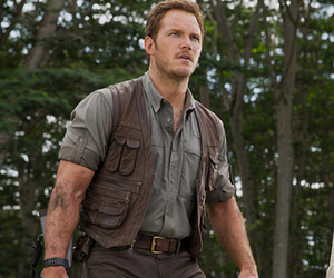 'Jurassic World' Sequel Announced for 2018 -- 5 Big Questions About the Future…