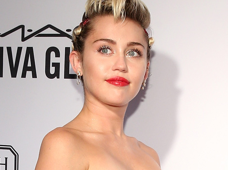 Miley Cyrus Goes Glam at amfAR Gala With Her Family and Agender Pal Tyler Ford