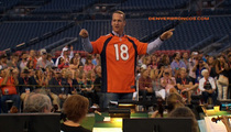 Peyton Manning -- Calls In 1st Strings ... For Orchestra Debut