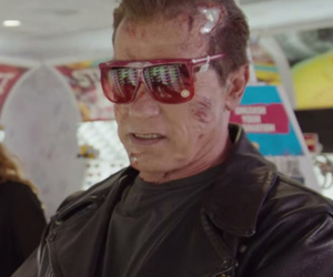 Arnold Schwarzenegger Pranks Fans While Pretending to be 'Terminator' Wax Figure