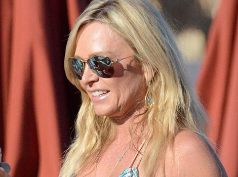 """RHOC"" Star Tamra Judge Flaunts New Boob Job in Greece"