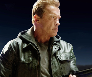 Arnold Schwarzenegger Talks Time Travel, Reveals If He Would Change Anything…