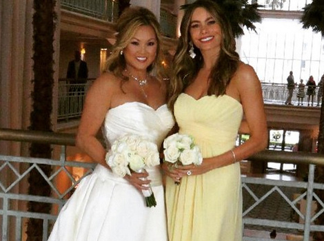 Sofia Vergara Is One Gorgeous Bridesmaid at Her Friend's Wedding