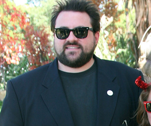 Kevin Smith Debuts 85-Pound Weight Loss -- See His Transformation!