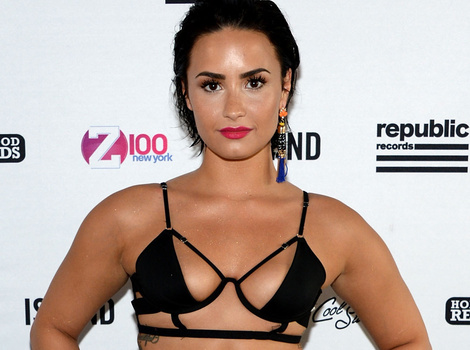 This Is Definitely the Most Revealing Outfit Demi Lovato Has EVER Worn