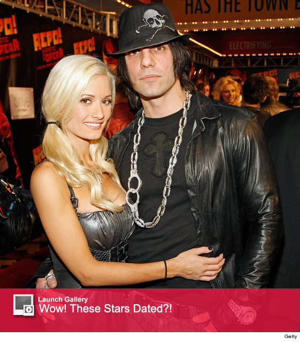 Did Holly Madison Dating Criss Angel