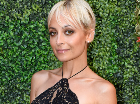 From Pink To Blonde -- Nicole Richie Goes Platinum!