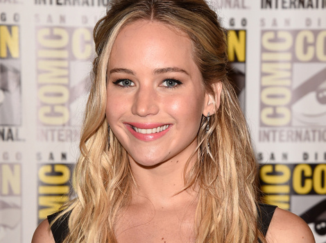 Jennifer Lawrence Belts Out a Hilarious Cher Impression On 'Conan'