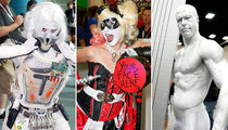 2015 Comic-Con -- THE COOL Cosplay!