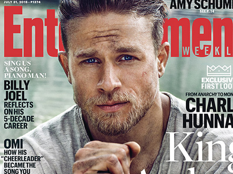 Charlie Hunnam Is Officially the Hottest King Arthur Ever