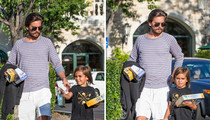 Scott Disick -- Playing Catch-Up on Father-Son Time (PHOTO)