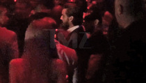 Scott Disick Parties in Vegas, Kourtney Home Alone (VIDEO)