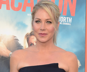 Christina Applegate Says Turning Down 'Legally Blonde' Was A 'Stupid Move'