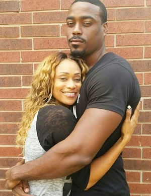 Tami Roman & Reggie Youngblood -- Happier Times