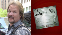 Travis Tritt -- Frantic 911 Call ... 'There's Flames Everywhere'