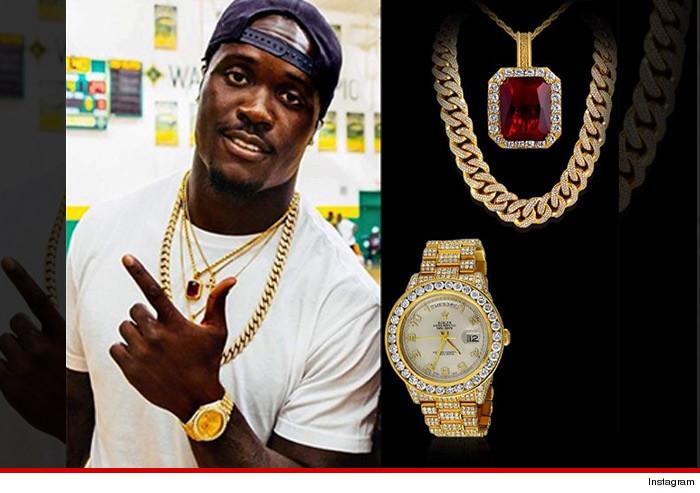 Nfl S Melvin Ingram Best Cousin Ever 165k Jewelry Run For Family