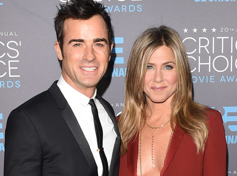 Jennifer Aniston and Justin Theroux Are Finally Married!
