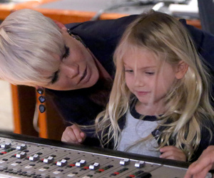 "P!nk Brings Daughter Willow to Record New ""Ellen"" Theme Song"