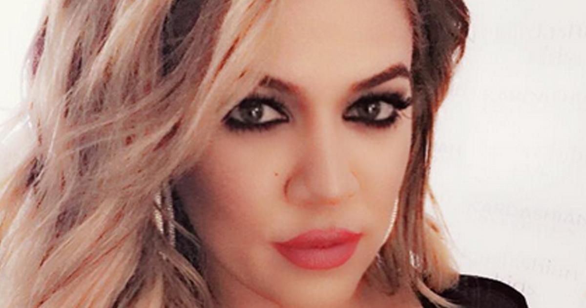 Khloe Kardashian Shows Off Her Booty