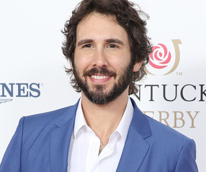 Josh Groban Sings Donald Trump's Mean Tweets -- Watch the Hilarious Video!