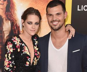 "Kristen Stewart Takes Taylor Lautner as Date to ""American Ultra"" Premiere"