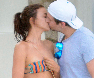 Bradley Cooper and Irina Shayk Share Sweet Kiss on Vacation in Capri