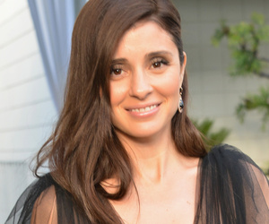 Shiri Appleby Is Pregnant With Her Second Child -- See Her Baby Bump!