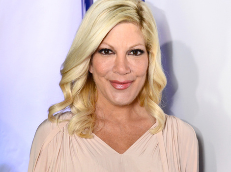 Tori Spelling and Lisa Rinna Go Makeup-Free -- See Their Fresh-Faced Looks!