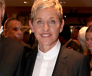 Ellen DeGeneres and Portia de Rossi Look Like The Total Power Couple In…