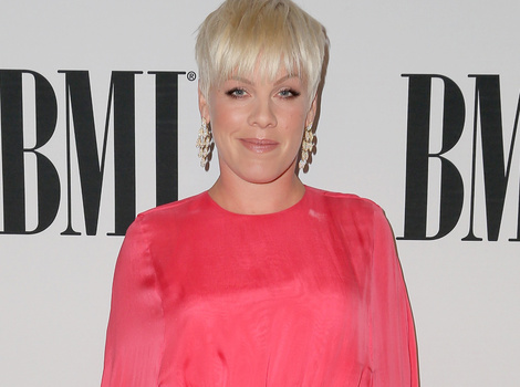 "P!nk Reveals Reason Behind Her New Curves, Says She's ""Really Fat And Happy"""