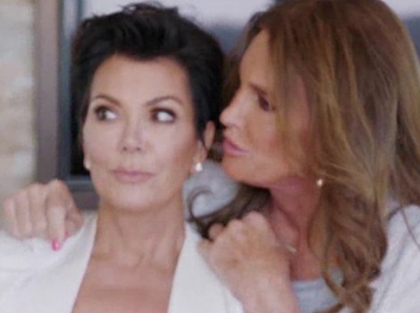 """Caitlyn and Kris Jenner Share a Kiss and a Selfie After """"I Am Cait"""" Confrontation"""