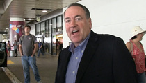 Mike Huckabee -- I Didn't Tell Kim Davis to Use 'Eye of the Tiger' (VIDEO)
